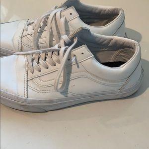 Vans White Leather - M 8.5,W 10